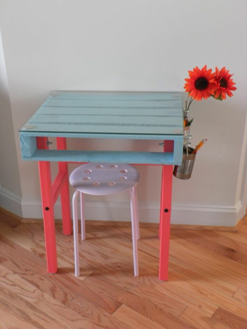 Cool furniture DIY crafting side table Euro pallets