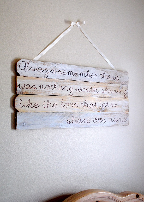 DIY deco ideas made of reclaimed wood saying wall deco yourself