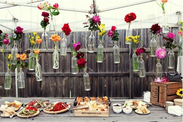the perfect DIY wedding decorating party garden