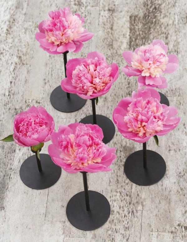 pink flowers wedding decoration stand flowers