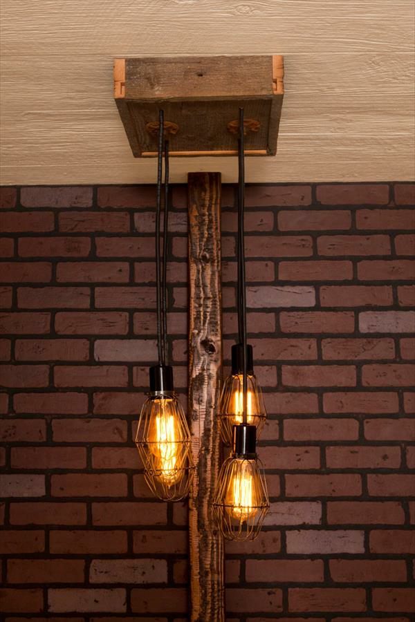 Chandelier made of Euro pallets hanging lamp