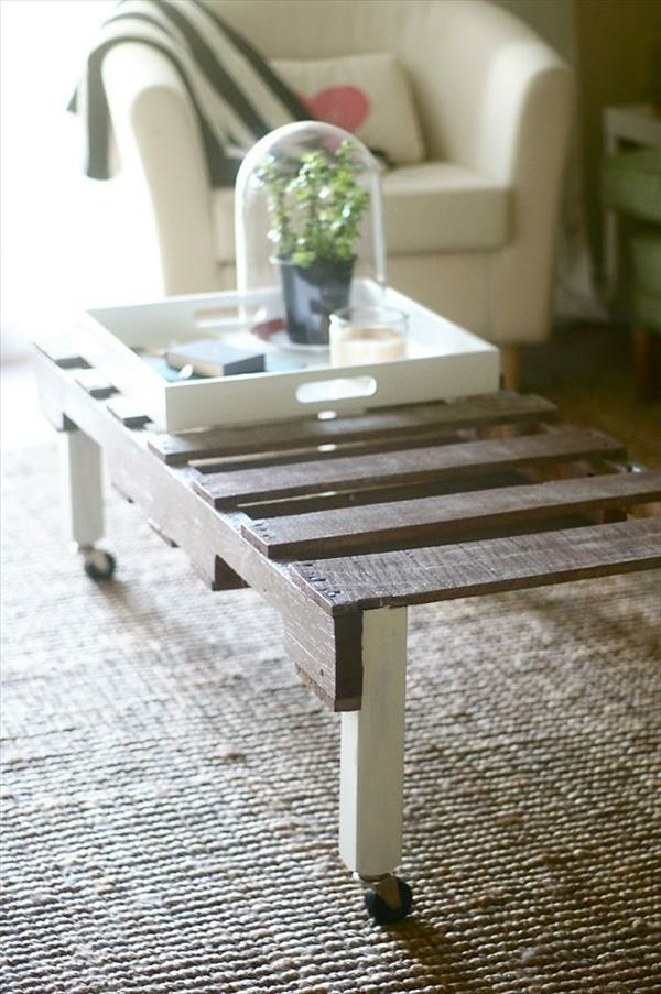 DIY tables roll from Euro pallets coffee table