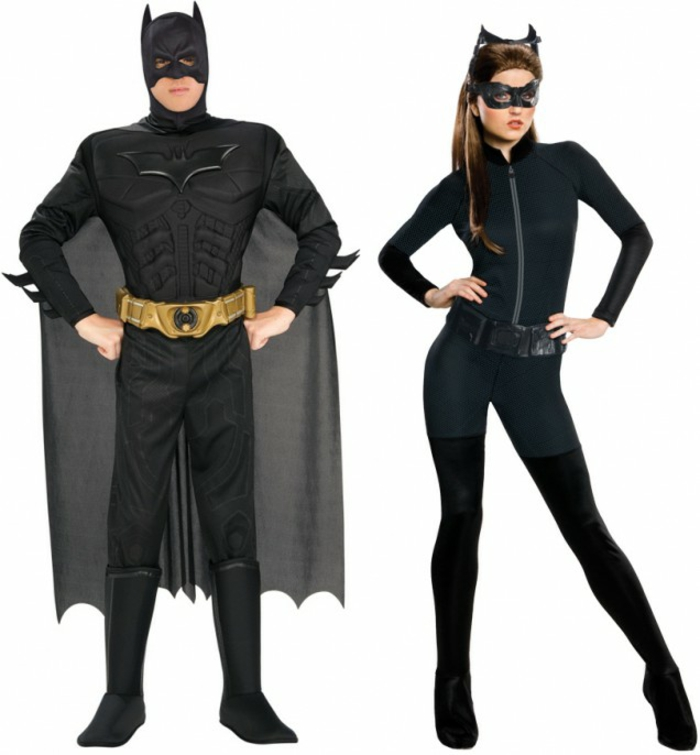 Halloween kostýmy robia Batman a Catwoman