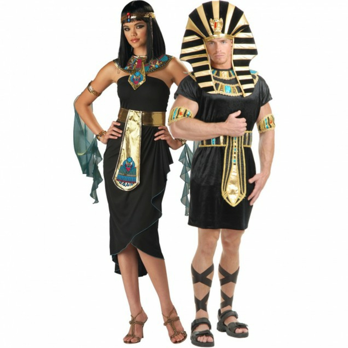 Halloween costumes themselves make cleopatra and cesar