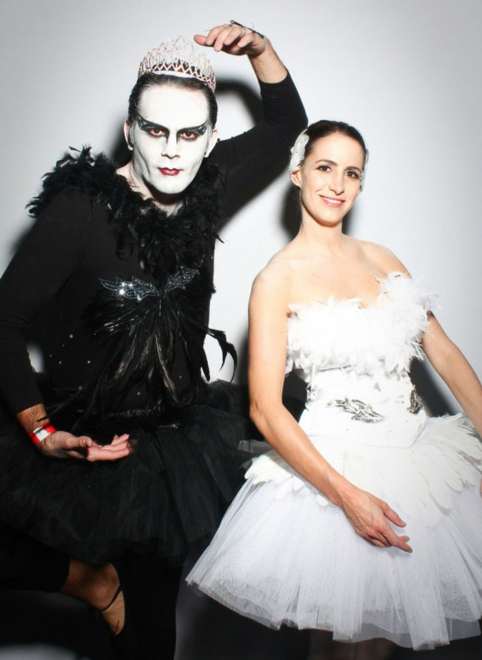 Halloween costumes themselves make the black swan