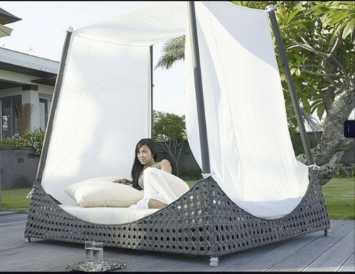 Rattan canopy beds in the bedroom garden furniture curtains