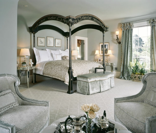 Four-poster beds in the bedroom frame nature classic