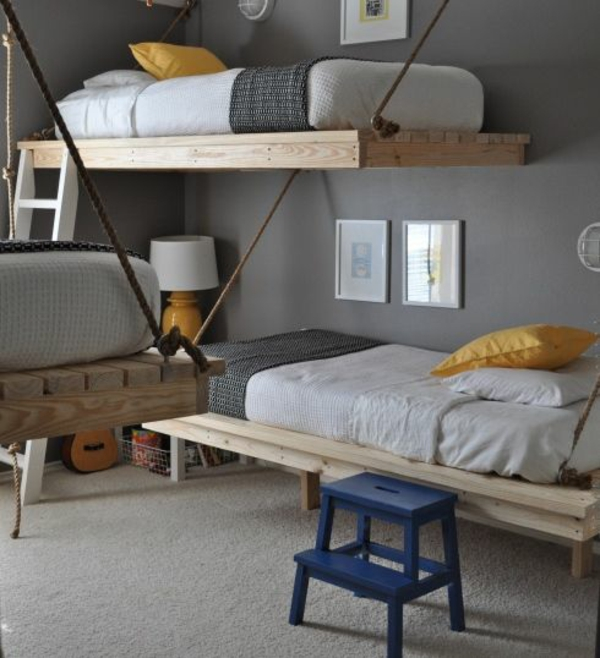 Furniture hanging off Euro pallets-beds-