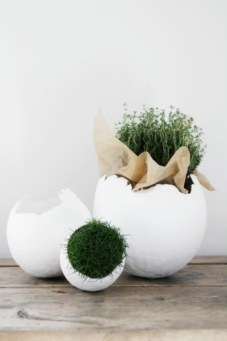 Easter decoration huge easter eggs with moss rustic easter decoration ideas