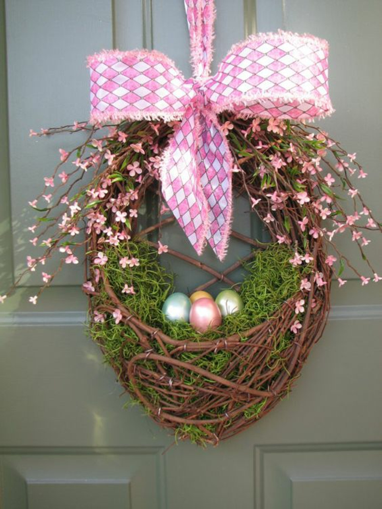 Easter decoration rustic table decoration ideas Easter wreath hanging