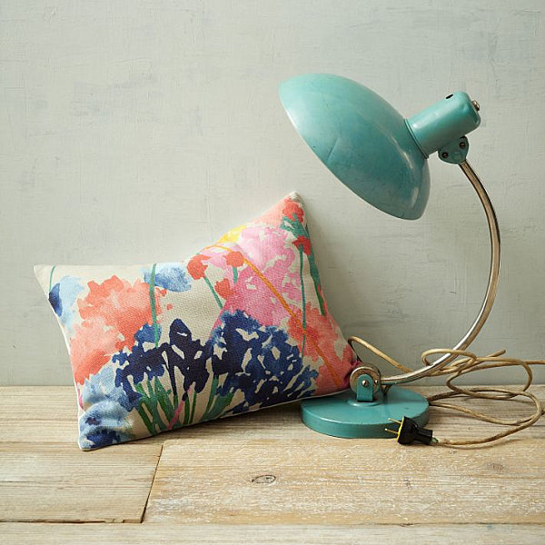 Beautiful floral design and trends table lamp green