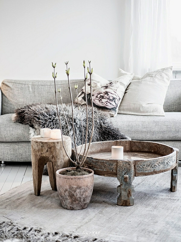 Table made of tree trunk coffee table living room