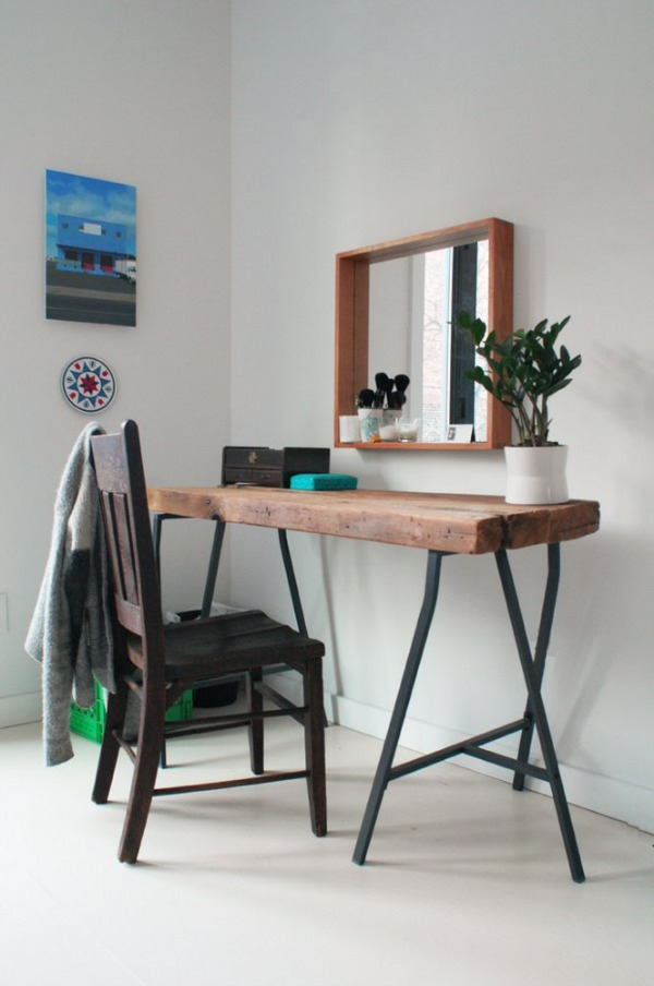 Table made of tree trunk wall mirror minimalist style