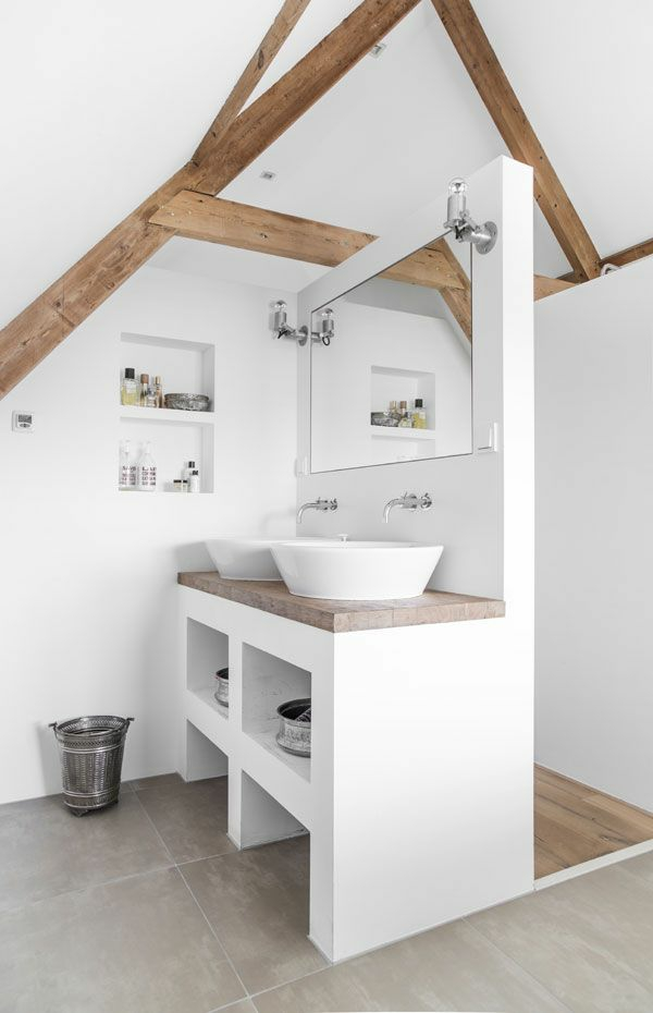 Wooden wall decoration rustic bathroom wooden beams