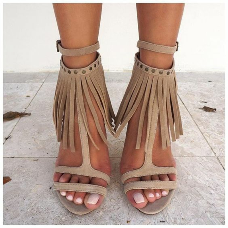 current fashion trends 2016 color trends beige sandals with fringes
