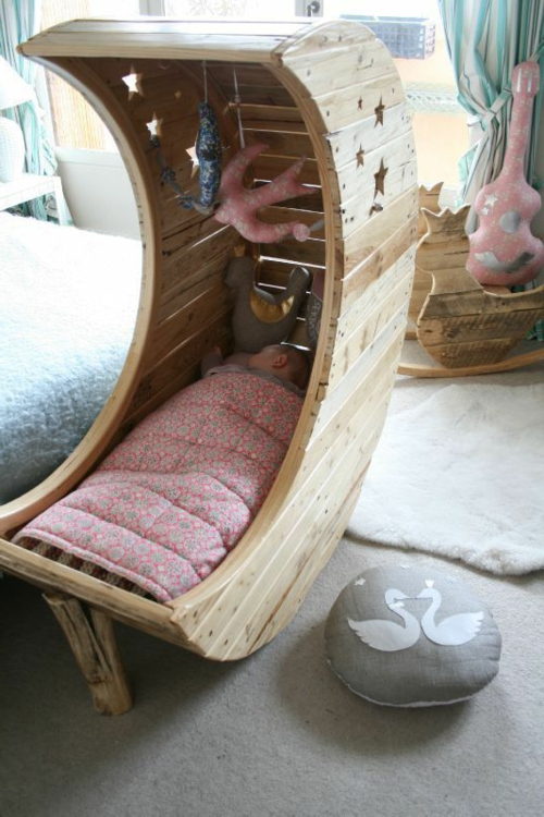 baby bed europaletten wood crafting idea magicamente ergonómico