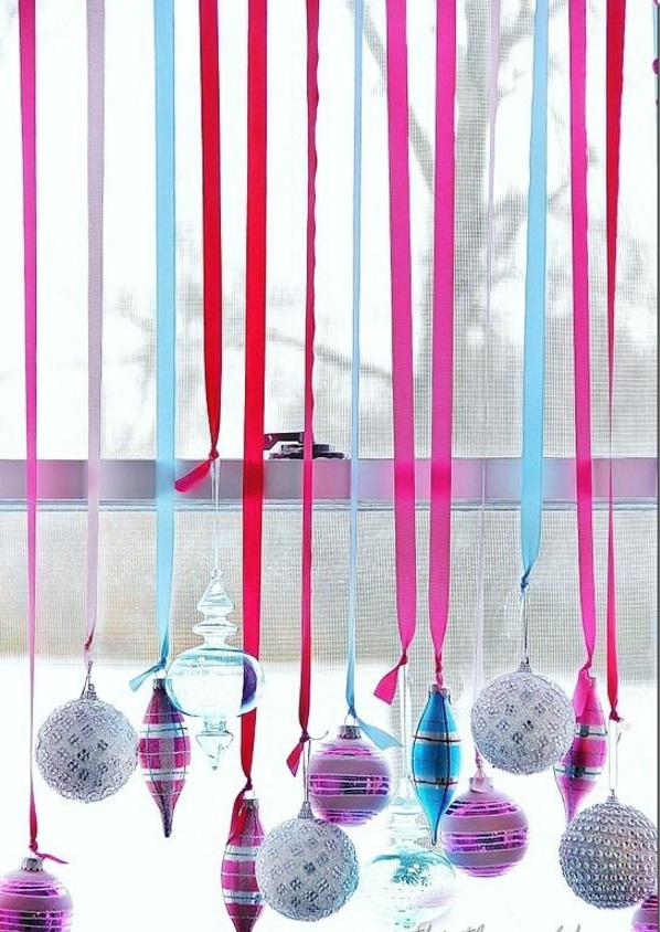 craft ideas for windows Christmas decorations ribbon