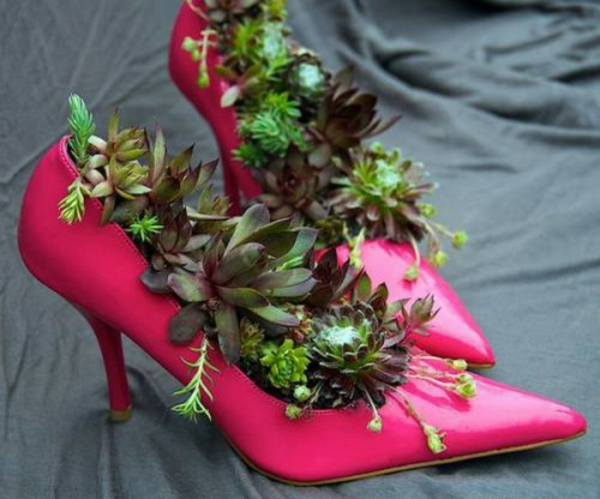deco-ideas-for-the-garden-pink women's shoes-fat plant