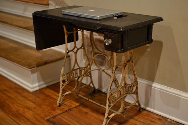 DIY old sewing machine in new furniture conversion