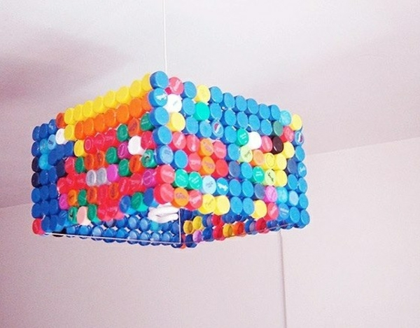DIY lamp bottle cap chandelier