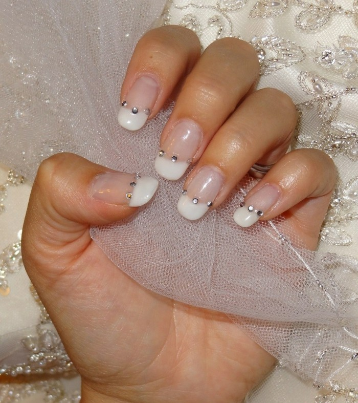 nail design with glitterstones for wedding