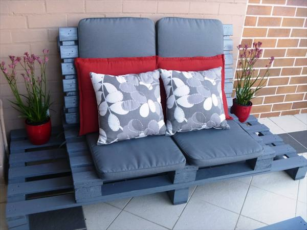 wooden pallet garden furniture sofa blue