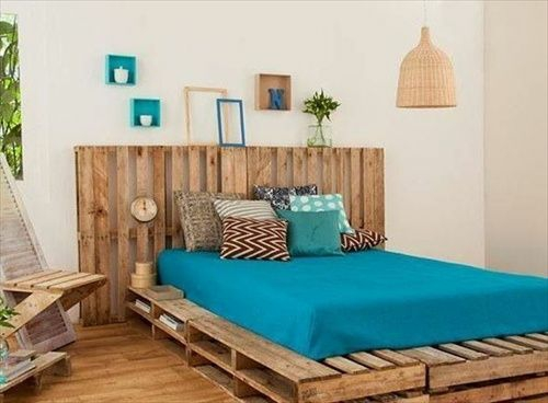 mattress coverlet europallets furniture crafting ideas recycle