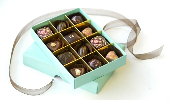 gift ideas for friend girlfriends chocolate with nuts full milk cinnamon pralines