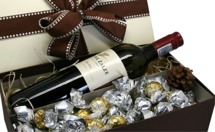 gift ideas for friend, girlfriend, friend, truffle with whole milk, cinnamon, even red wine