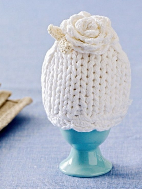 original deco ideas for easter knitted easter egg