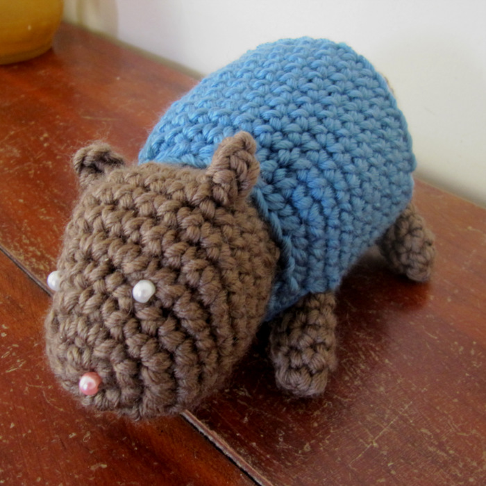 crocheted animals make beautiful pattern deco ideas at home