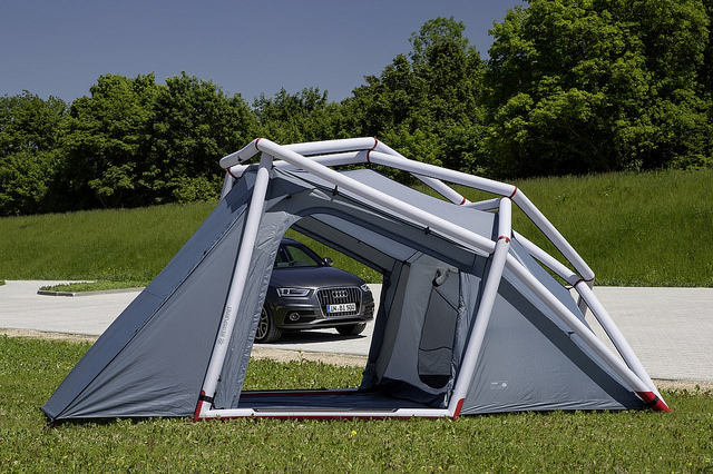 home planet audi Q3 suv camping equipment inflatable tent