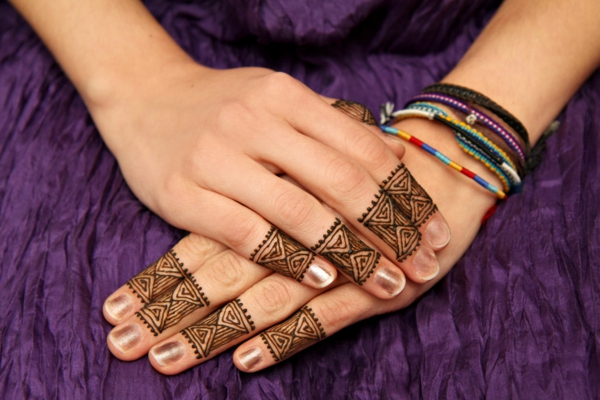 henna pattern finger decoration vintage