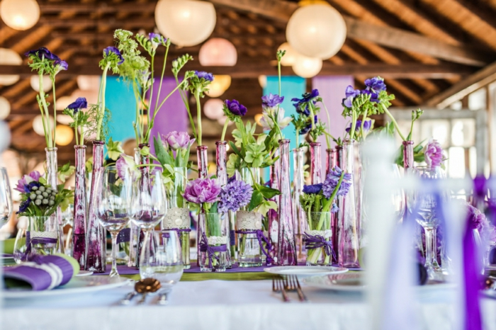 wedding decoration trends table decoration summer flowers glass bottles