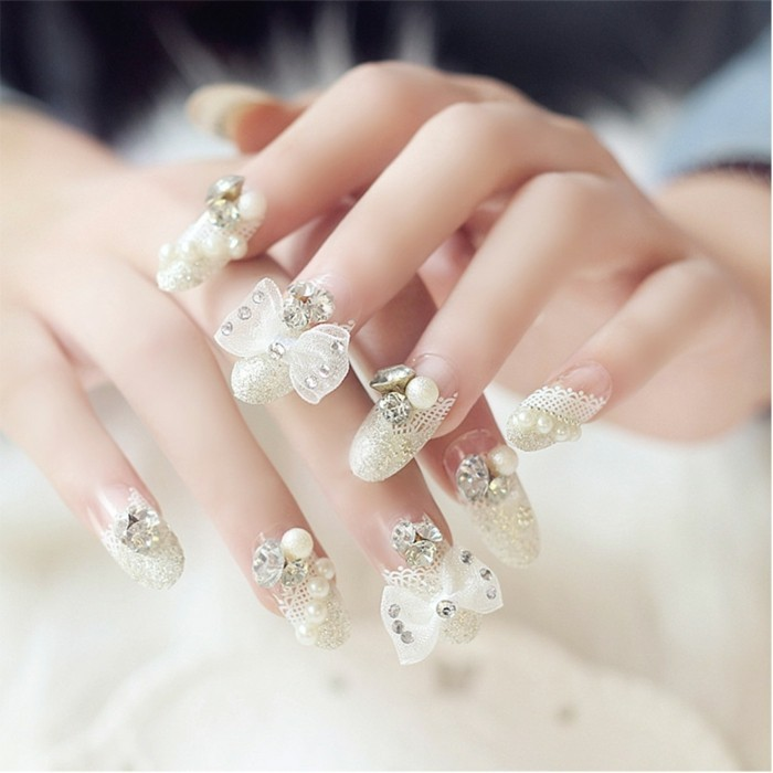 wedding nails gold glitter lace nails