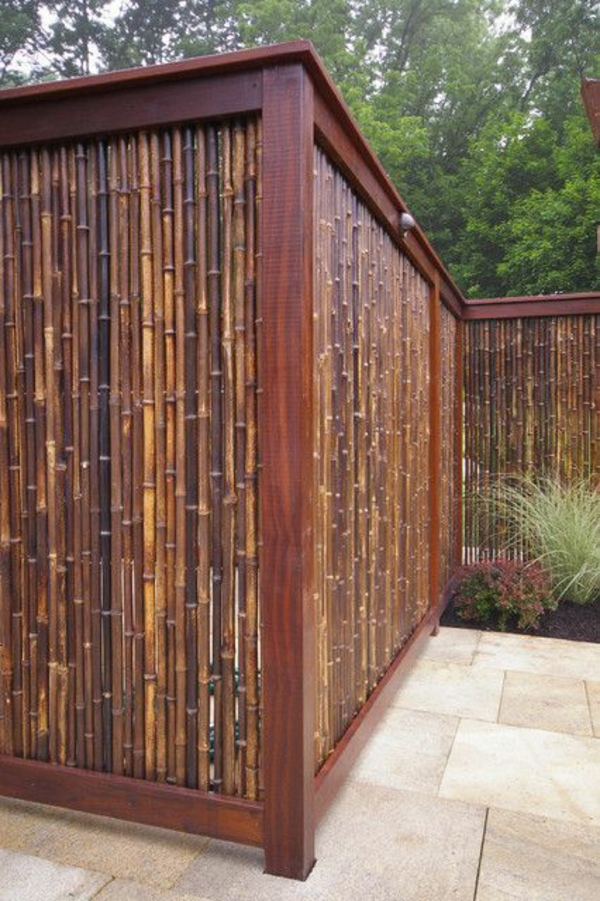 wooden fence garden visual effect