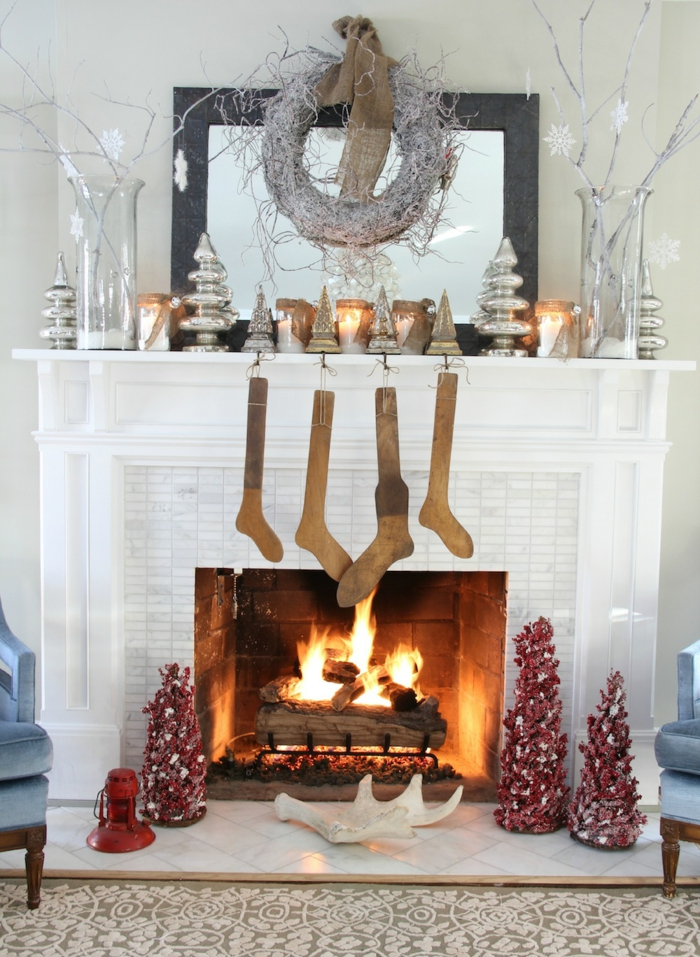 interior decoration living room christmas fireplace decorate