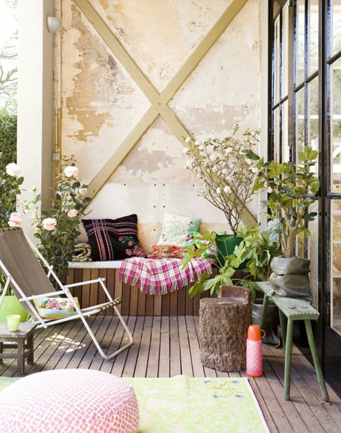 Small balcony shape rustic elements
