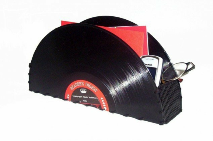 Creative crafting ideas from records DIY projects