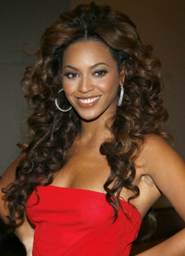 curls hairstyling hairstyles curly hair fashion trends beyonce