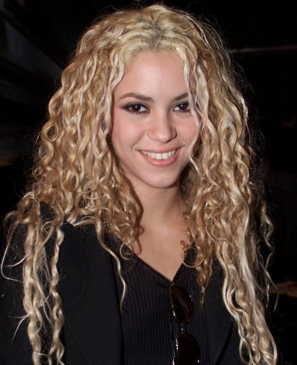 curls hairstyling hairstyles curly hair fashion trends shakira