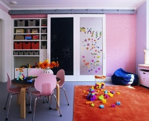 room children mangettafel colorful pink chairs