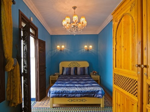 oriental bedroom designs yellow blue