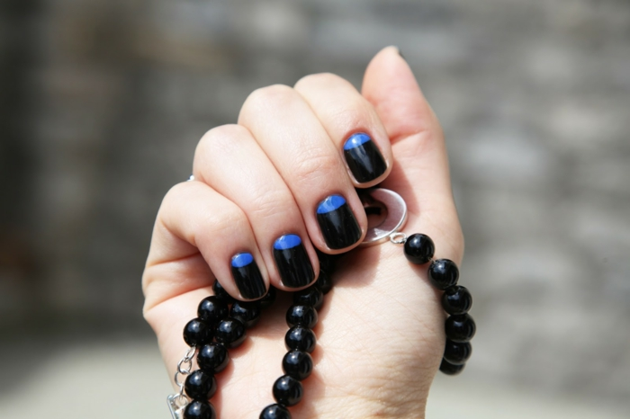 nail polish ideas black blue color combination stylish