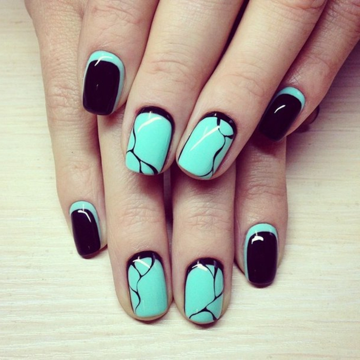 nail polish ideas black green color combination