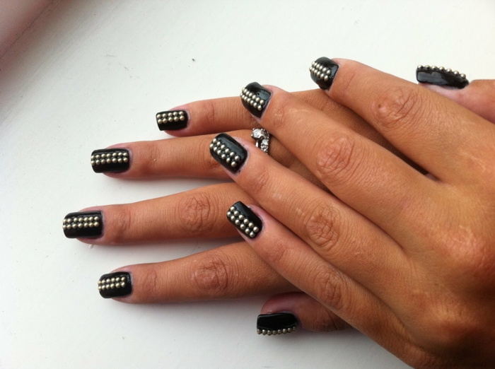 nail polish ideas black lifestyle beauty