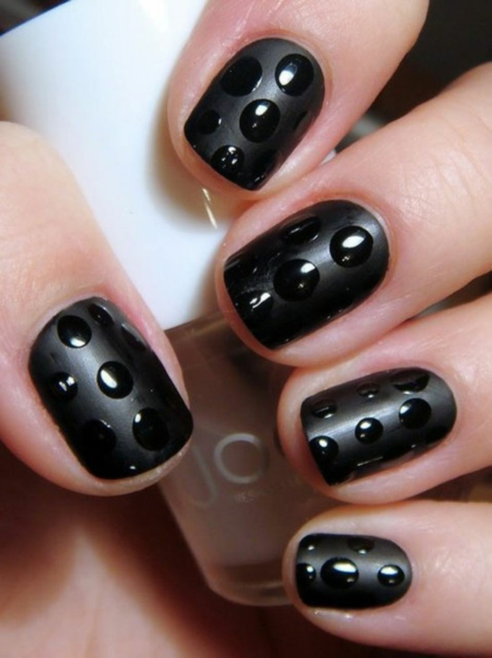 nail polish ideas black nail polish dots beauty lifestyle