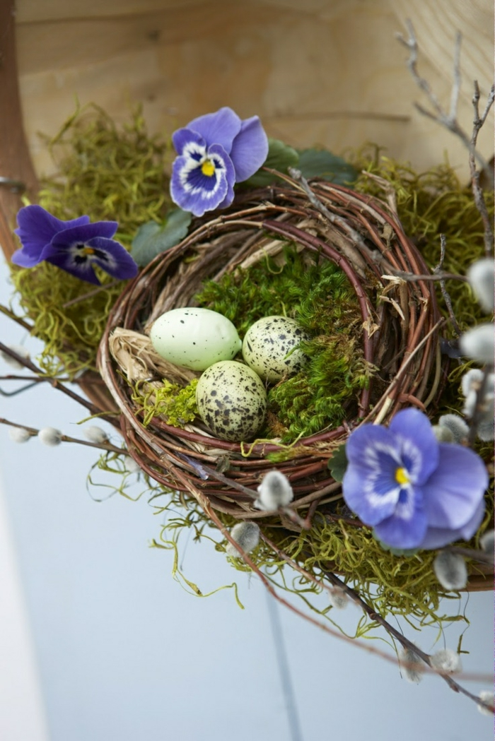 osterdeko tinker ideas puristic willow twigs wreath quail eggs pansy moss
