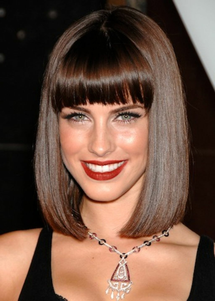 page cut with pony short bob pagen hairstyle retro style straight