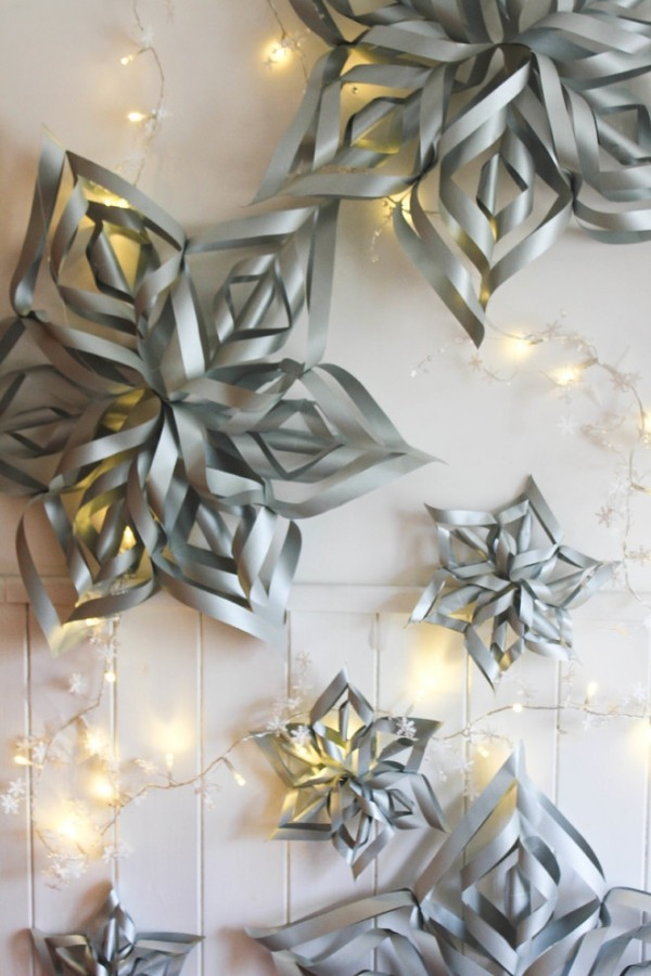 Make paper stars and combine them with fairy lights